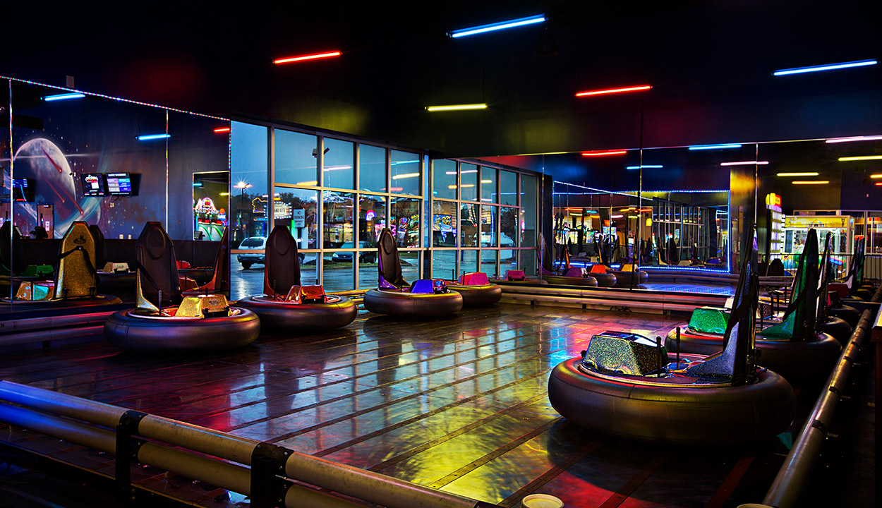 Indoor Bumper Cars Stars And Strikes In Georgia Alabama