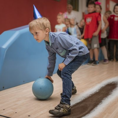 Kid Bowling at bowling party